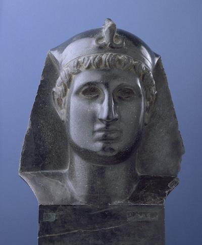 Imperatore romano come faraone I secolo d.C., basalto, Musée du Louvre, Paris