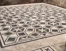 Domus del Lararium, I secolo.